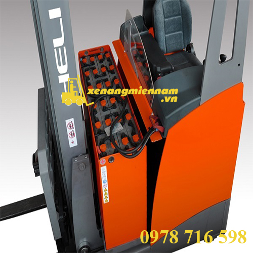 xe-nang-dien-heli-reach-truck-18-3